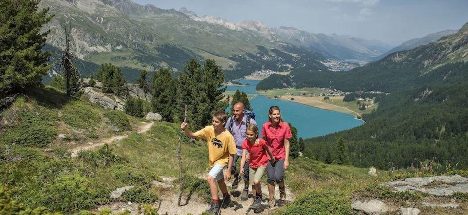familiewandelingen silvanaplana wandelparadijs families met kinderen engadin graubunden zwitserse alpen zwitserland tourismusverband silvanaplana