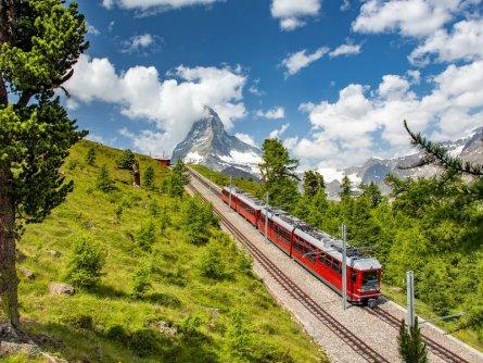 matterhorn zermatt wallis zwitserland adobestock (1)