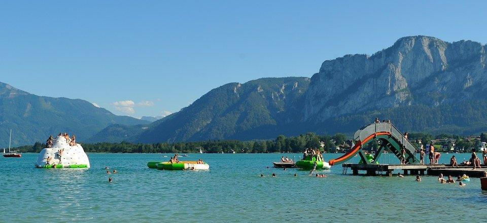 meer zwemmen alpenseebad mondsee gmunden gmunden oberosterreich oostenrijk alpenseebad mondsee