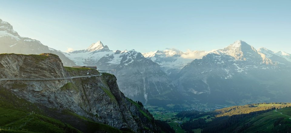 grindelwald first sommer cliff walk eiger moench jungfrau region berner oberland zwitserland tourismus jungfrau