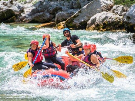 outdoor active bovec outdoorvakantie slovenie outdoorparadijs julische alpen rafting 1