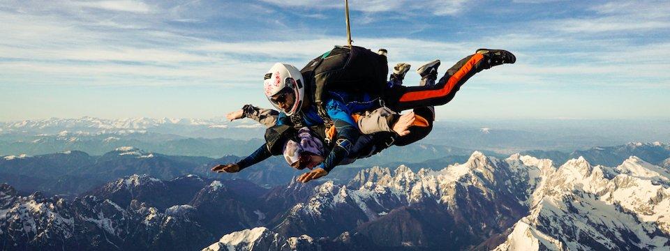 outdoor active bovec outdoorvakantie slovenie outdoorparadijs julische alpen skydiving