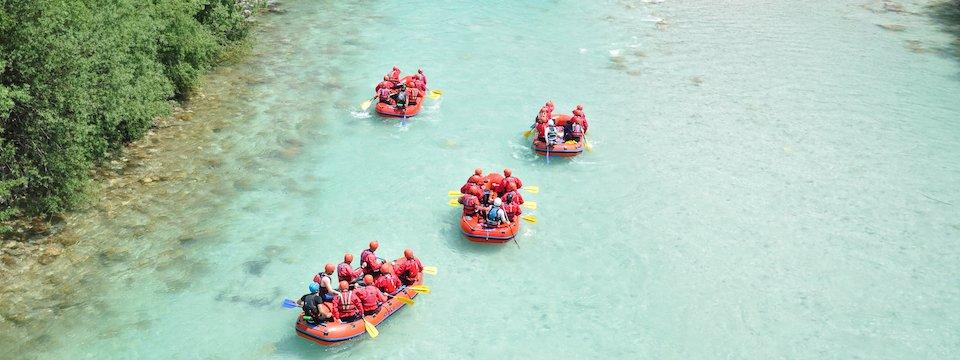 family outdoor active bovec outdoorvakantie slovenie outdoorparadijs julische alpen rafting 4