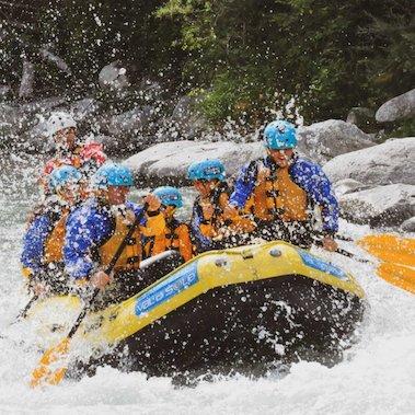 family active val di sole avontuurlijke gezinsvakantie trentino italie family rafting 4