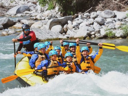 family active val di sole avontuurlijke gezinsvakantie trentino italie family rafting 3
