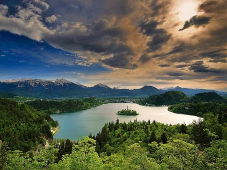 family active bled actieve gezinsvakantie slovenie julische alpen triglav national park lake bled meer van bled 2