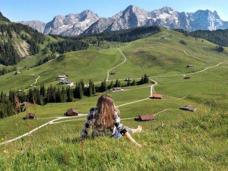 family active lofer avontuurlijke gezinsvakantie oostenrijk bergwandeltocht naar een almhut   kalbrunnalm   tvb salzburger saalachtal 3