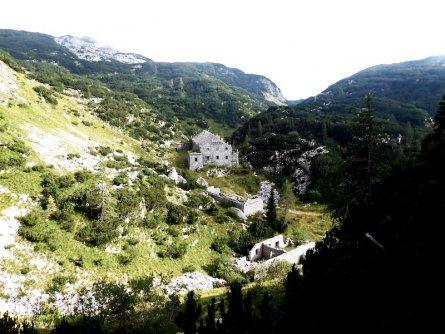 huttentocht julische alpen slovenie wandelen 21