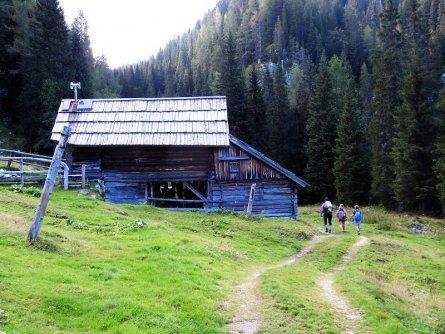 huttentocht julische alpen slovenie wandelen 28