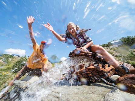 family active nassfeld karinthië avontuurlijke gezinsvakantie oostenrijk alpen wandeltocht nassfeld presse familienberg aqua trail