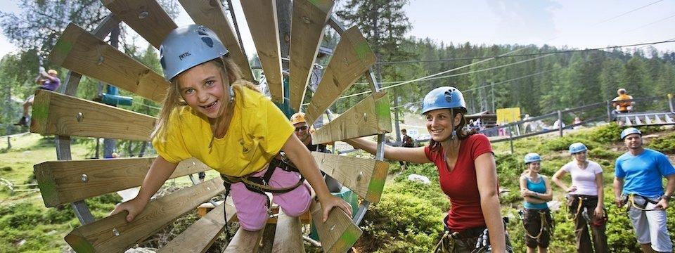 family active nassfeld karinthië avontuurlijke gezinsvakantie oostenrijk alpen avontuurlijk klimpark nassfeld premium plus card holiday 3