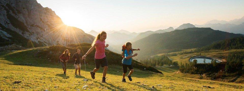family active nassfeld karinthië avontuurlijke gezinsvakantie oostenrijk alpen wandeltocht bergen 4