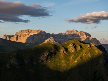 huttentocht dolomieten panorama val di fassa zuid tirol italie italiaanse alpen wandelvakantie apt val di fassa_mattia rizzi_col rodella