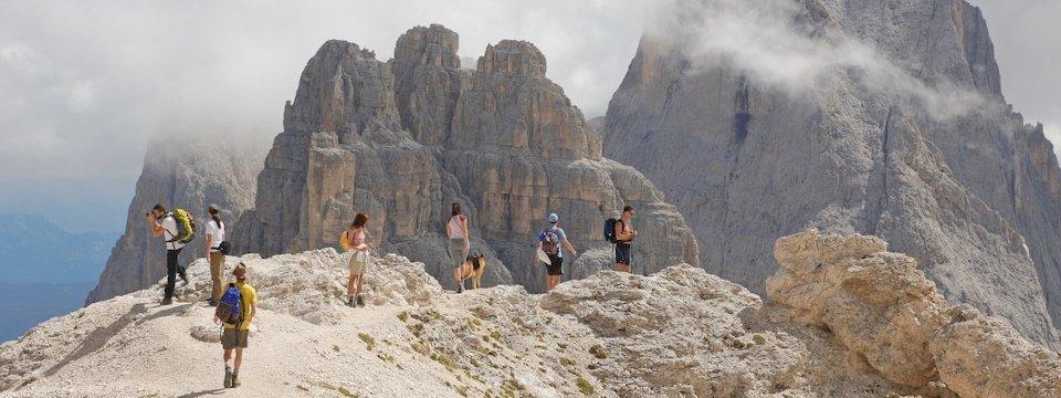 apt val di fassa_passo antermoia huttentocht dolomieten panorama val di fassa zuid tirol italie italiaanse alpen wandelvakantie