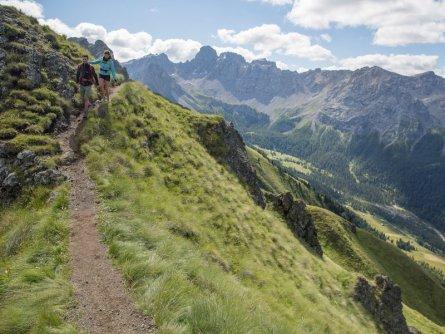 huttentocht dolomieten panorama val di fassa zuid tirol italie italiaanse alpen wandelvakantie apt val di fassa_federico modica_col de valvacin