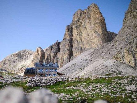 rifugio antermoia huttentocht dolomieten panorama val di fassa zuid tirol italie italiaanse alpen wandelvakantie