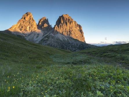 7_sassolungo val di fassa   foto alessandro gruzza2 huttentocht dolomieten panorama val di fassa zuid tirol italie italiaanse alpen wandelvakantie
