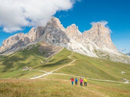 huttentocht dolomieten panorama val di fassa zuid tirol italie italiaanse alpen wandelvakantie apt val di fassa_mattia rizzi_sassolungo