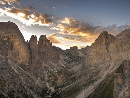 huttentocht dolomieten panorama val di fassa zuid tirol italie italiaanse alpen wandelvakantie valle del vajolet
