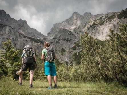 huttentocht gesause national park runde huttenrunde etappe 1 stage 1 in der flitzen  tv gesäuse