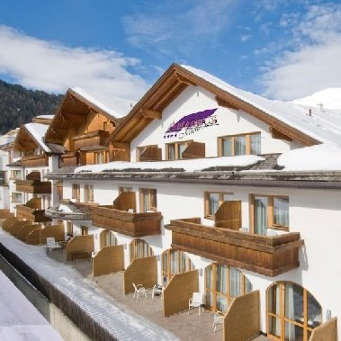 hotel amadeus serfaus in tirol vakantie oostenrijk oostenrijkse alpen wintersport