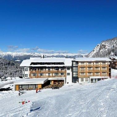 almhotel hermagor nassfeld karinthie oostenrijk oostenrijkse alpen wintersport