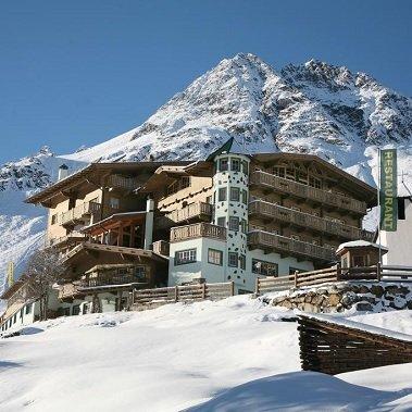 hotel alm ferienclub silbertal solden in tirol vakantie oostenrijk oostenrijkse alpen wintersport