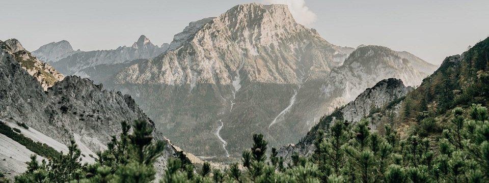 lynx trail meerdaagse wandeltocht oostenrijk oostenrijkse alpen etappe 6 blick vom haindlkar zum buchstein (2)
