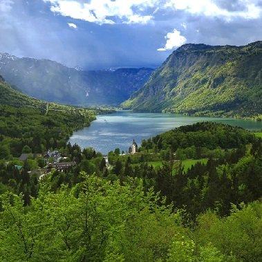 soca valley juliana trail actieve vakantie meerdaagse wandeltocht julische alpen slovenië op maat bohinjsko jezero