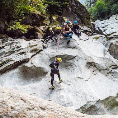 family active zillertal avontuurlijke geizinsvakantie tirol oostenrijk canyoning 1
