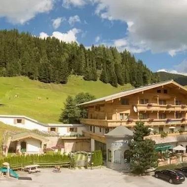 mountain hotel ronach wald konigsleiten
